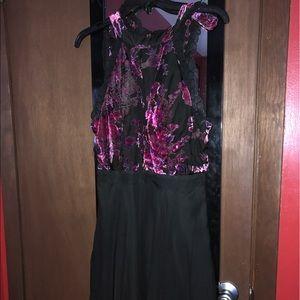 Trixxi Semi-Formal Velvet Top Short Dress